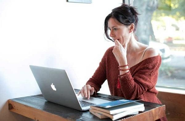 Woman with PC