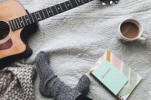 ¿Escuchar música ayuda a dormir?