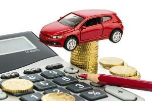 knows the requirements for financing a Coche1